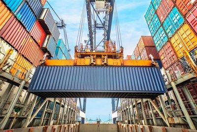 Таможенное оформление контейнеров – помощь в осуществлении внешнеэкономической деятельности