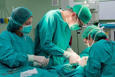 Может ли лечебное учреждение отказать в хирургической операции пациенту с вирусным гепатитом С