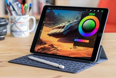 Банк данных в планшете. Apple IPad Pro 12,9 Silver 1tb Wi-Fi 2018