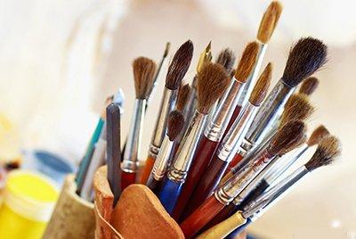 Важный выбор: как подобрать лучшую кисть для масляной живописи?